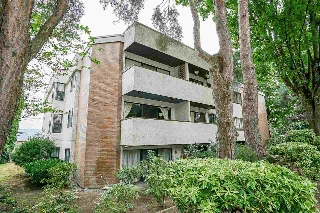 "Main Photo: 207 391 E 7TH Avenue in Vancouver: Mount Pleasant VE Condo for sale in ""OAKWOOD PARK"" (Vancouver East)  : MLS® # R2198784"
