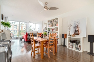 "Main Photo: 506 189 NATIONAL Avenue in Vancouver: Mount Pleasant VE Condo for sale in ""THE SUSSEX"" (Vancouver East)  : MLS® # R2209651"