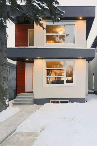 Main Photo:  in Edmonton: Zone 21 House for sale : MLS® # E4095782
