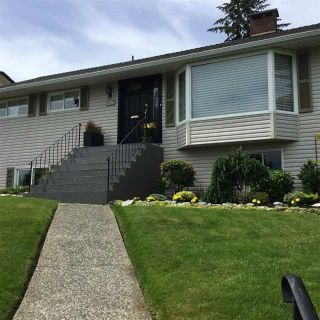Main Photo: 1186 CLOVERLEY Street in North Vancouver: Calverhall House for sale : MLS®# R2280946