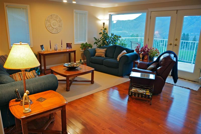 Photo 6: 2150 Skeena Drive in Kamloops: Juniper Heights Residential Detached for sale : MLS(r) # 111488