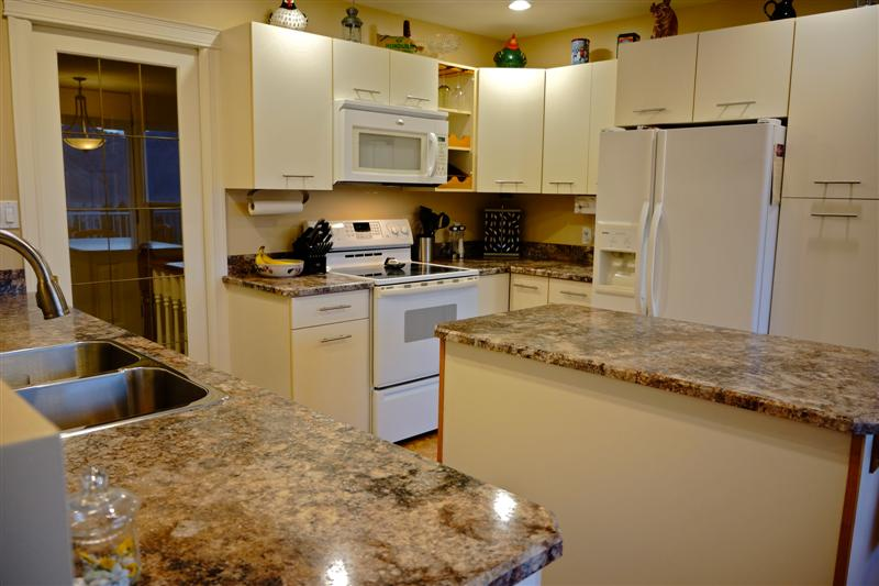 Photo 8: 2150 Skeena Drive in Kamloops: Juniper Heights Residential Detached for sale : MLS(r) # 111488