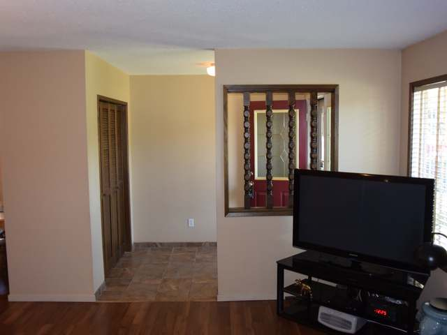 Photo 4: Photos: 1021 DUNDAS STREET in : North Kamloops House for sale (Kamloops)  : MLS® # 127748