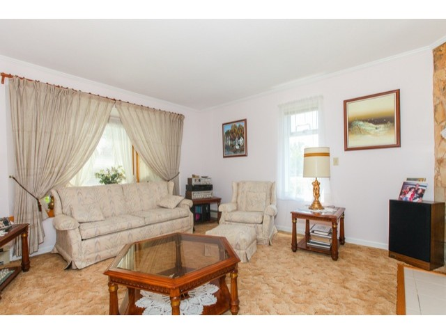 "Photo 8: 5247 BENTLEY Drive in Ladner: Hawthorne House for sale in ""HAWTHORNE"" : MLS(r) # V1128574"