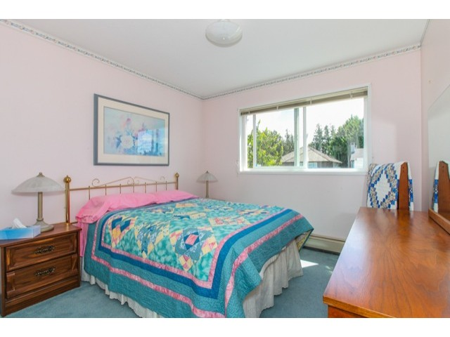 "Photo 16: 5247 BENTLEY Drive in Ladner: Hawthorne House for sale in ""HAWTHORNE"" : MLS(r) # V1128574"