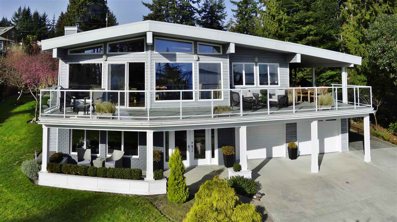 Main Photo: 4653 EDGECOMBE Road in Madeira Park: Pender Harbour Egmont House for sale (Sunshine Coast)  : MLS® # R2038632