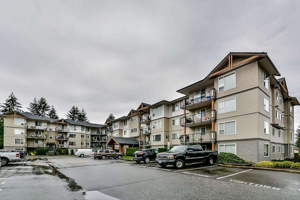 "Main Photo: 204 2990 BOULDER Street in Abbotsford: Abbotsford West Condo for sale in ""WESTWOOD"" : MLS® # R2104788"