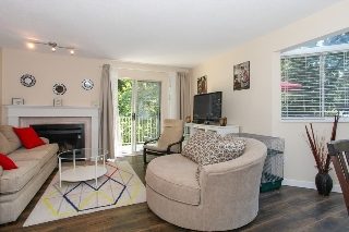 "Main Photo: 32 2978 WALTON Avenue in Coquitlam: Canyon Springs Townhouse for sale in ""CREEK TERRACE"" : MLS(r) # R2111397"