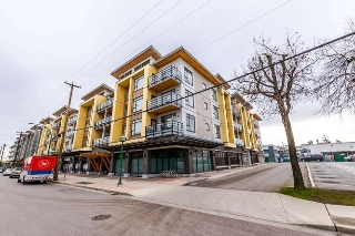 "Main Photo: PH15 5248 GRIMMER Street in Burnaby: Metrotown Condo for sale in ""METRO ONE"" (Burnaby South)  : MLS(r) # R2150187"