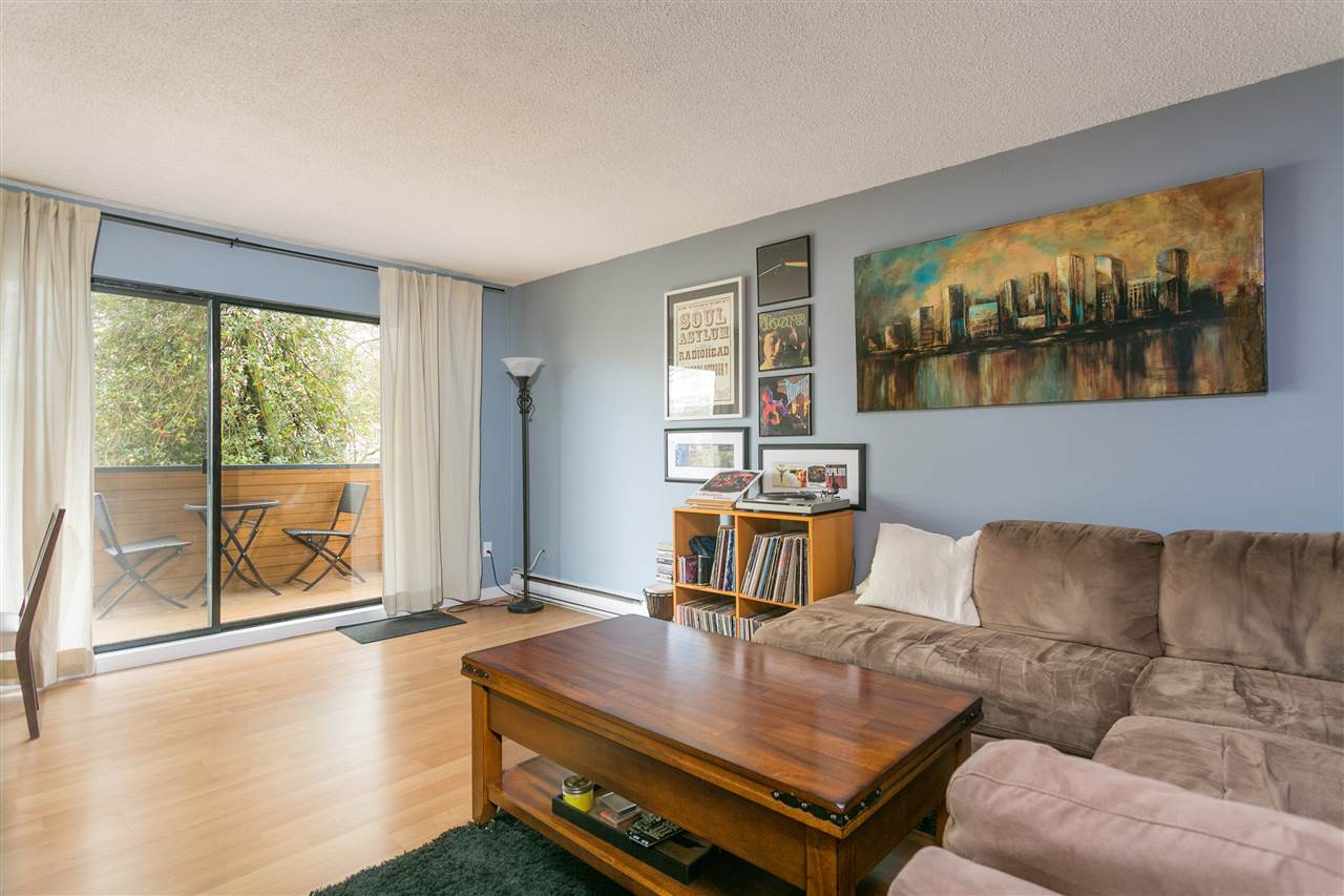 "Photo 2: 201 1396 BURNABY Street in Vancouver: West End VW Condo for sale in ""THE BRAMBLEBERRY"" (Vancouver West)  : MLS® # R2161536"