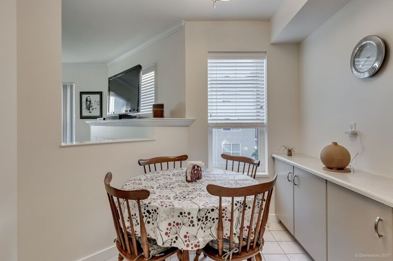 "Photo 12: 311 20259 MICHAUD Crescent in Langley: Langley City Condo for sale in ""CITY GRANDE"" : MLS® # R2172756"