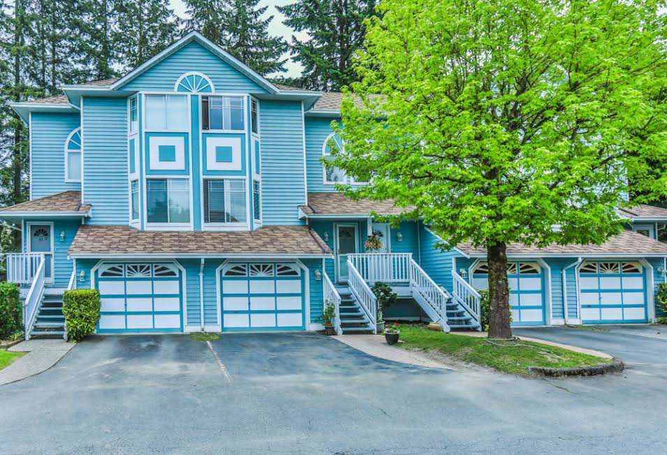 "Main Photo: 42 15550 89 Avenue in Surrey: Fleetwood Tynehead Townhouse for sale in ""BAKERVILLE"" : MLS(r) # R2173668"