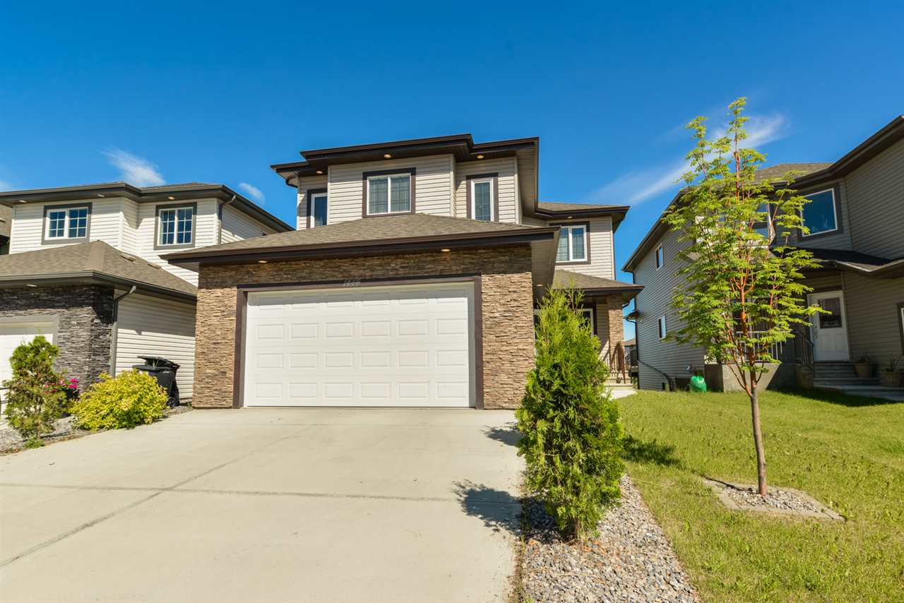 Main Photo: 1446 HAYS Way in Edmonton: Zone 58 House for sale : MLS(r) # E4069851