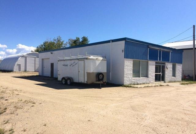 Main Photo: 3740 39 Street in Whitecourt: Industrial for lease : MLS® # 43965