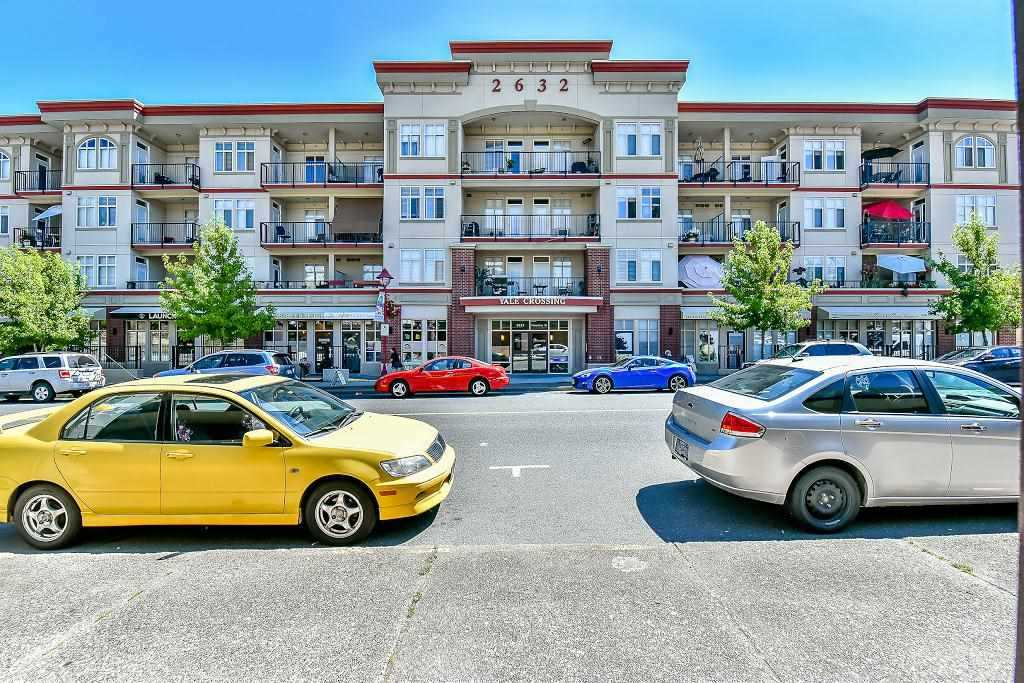 "Main Photo: 414 2632 PAULINE Street in Abbotsford: Central Abbotsford Condo for sale in ""YALE CROSSING"" : MLS® # R2190393"