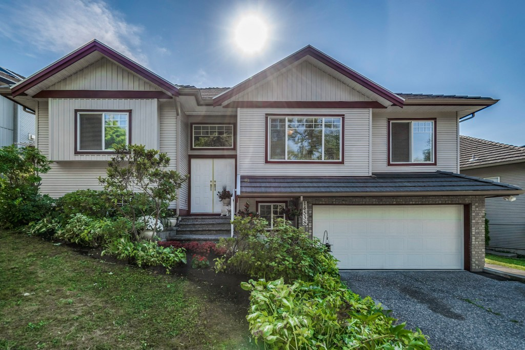 "Main Photo: 14538 78 Avenue in Surrey: East Newton House for sale in ""Chimney Heights"" : MLS® # R2198322"