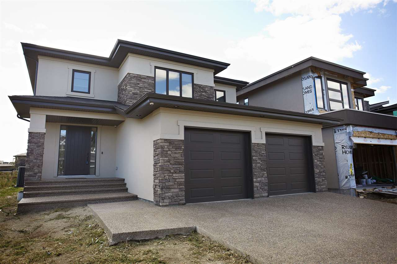 Main Photo: 4109 CAMERON HEIGHTS Point in Edmonton: Zone 20 House for sale : MLS® # E4080654