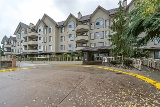 Main Photo: 312 12464 191B Street in Pitt Meadows: Mid Meadows Condo for sale : MLS® # R2205077