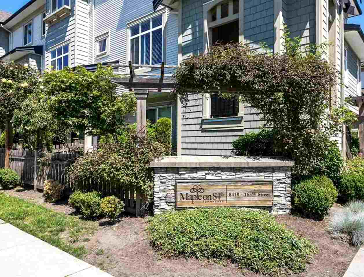 "Main Photo: 28 8418 163 Street in Surrey: Fleetwood Tynehead Townhouse for sale in ""Maple on 84"" : MLS® # R2211355"
