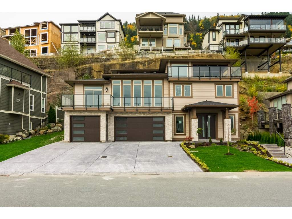 Main Photo: 36467 CARNARVON Court in Abbotsford: Abbotsford East House for sale : MLS® # R2233645