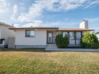 Main Photo: 4127 132A Avenue NW in Edmonton: Zone 35 House for sale : MLS®# E4101781