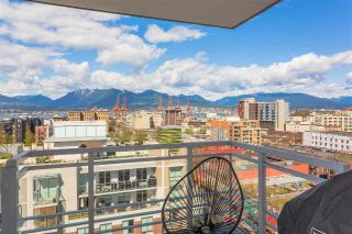 "Main Photo: 1707 188 KEEFER Street in Vancouver: Downtown VE Condo for sale in ""188 Keefer"" (Vancouver East)  : MLS®# R2259766"