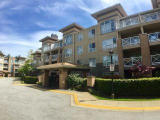 "Main Photo: 206 2558 PARKVIEW Lane in Port Coquitlam: Central Pt Coquitlam Condo for sale in ""THE CRESCENT"" : MLS®# R2264029"