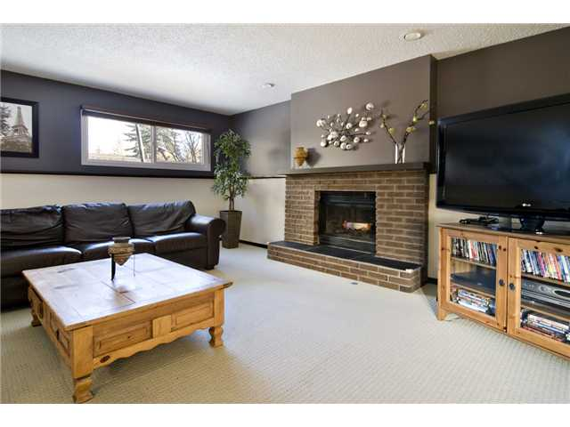 Photo 12: 43 EDFORTH Way NW in CALGARY: Edgemont Residential Detached Single Family for sale (Calgary)  : MLS® # C3504260
