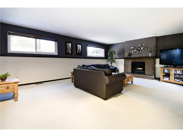 Photo 10: 43 EDFORTH Way NW in CALGARY: Edgemont Residential Detached Single Family for sale (Calgary)  : MLS® # C3504260