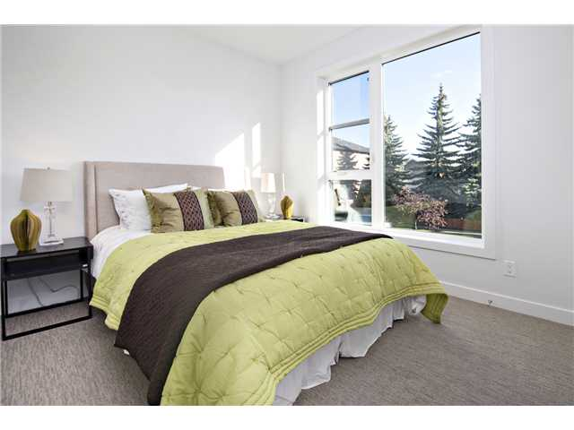 Photo 18: 1 4733 17 Avenue NW in Calgary: Montgomery Townhouse for sale : MLS® # C3636624