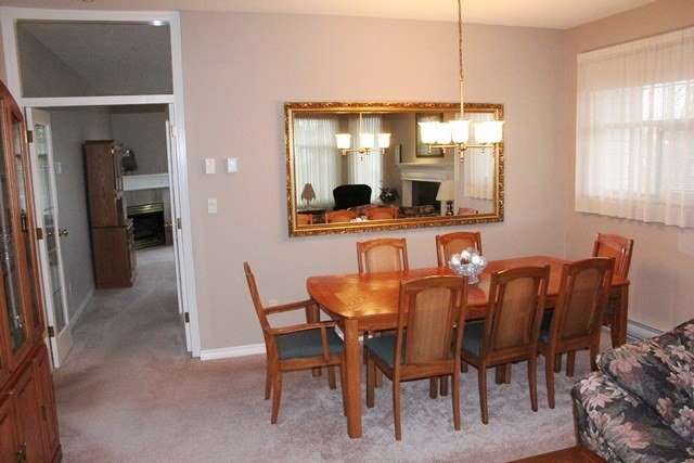 "Photo 3: 11 5708 208 Street in Langley: Langley City Townhouse for sale in ""Bridle Run"" : MLS(r) # R2029125"