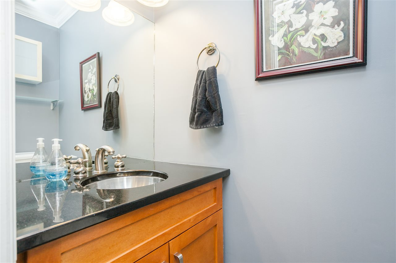 "Photo 15: 6 1266 W 6TH Avenue in Vancouver: Fairview VW Townhouse for sale in ""Camden Court"" (Vancouver West)  : MLS® # R2033038"