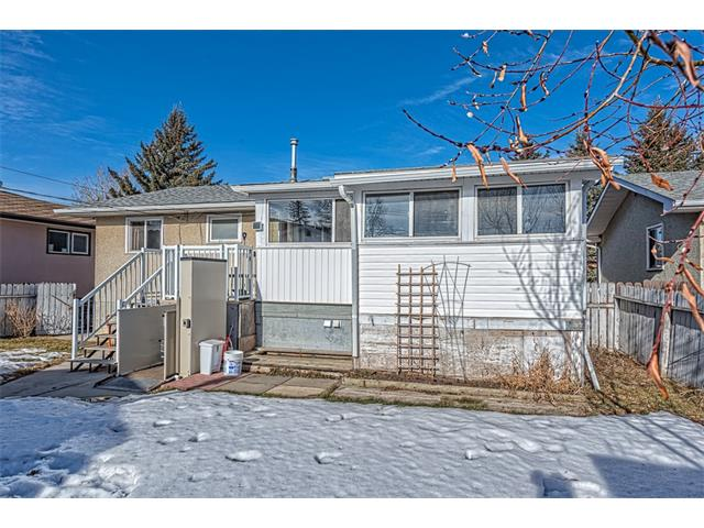 Photo 23: 7603 35 Avenue NW in Calgary: Bowness House  : MLS® # C4049295