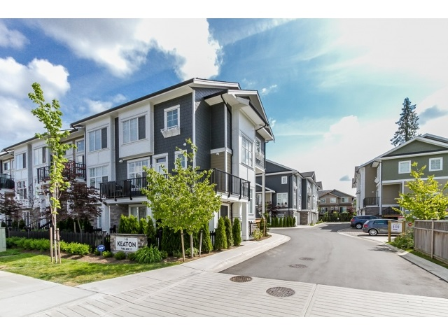 "Main Photo: 5 7686 209 Street in Langley: Willoughby Heights Townhouse for sale in ""KEATON"" : MLS®# R2071162"