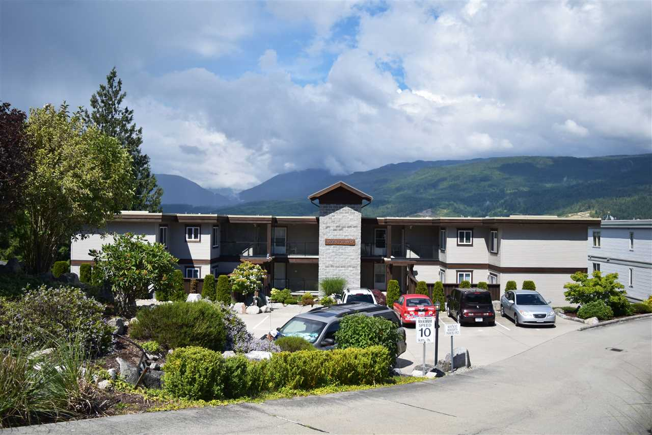 Photo 15: Photos: 303W 5780 TRAIL Avenue in Sechelt: Sechelt District Condo for sale (Sunshine Coast)  : MLS® # R2079015