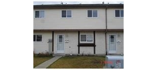 Main Photo: 1316 Lakewood in Edmonton: Zone 29 Townhouse for sale : MLS(r) # E4047349