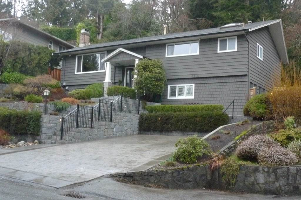 Main Photo: 1214 BRACKNELL Crescent in North Vancouver: Canyon Heights NV House for sale : MLS®# R2143571
