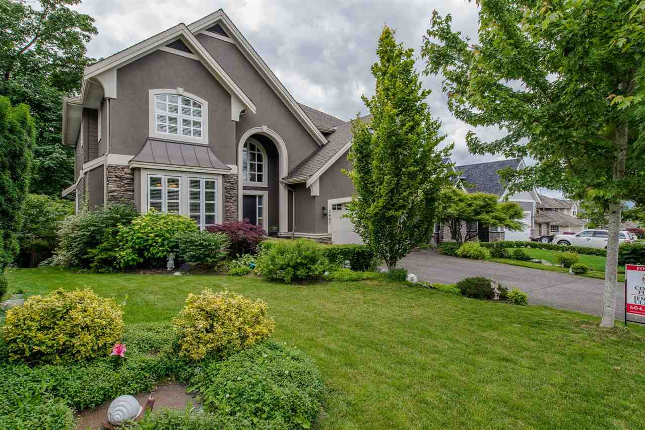 "Main Photo: 3597 CREEKSTONE Drive in Abbotsford: Abbotsford East House for sale in ""CREEKSIDE ESTATES"" : MLS(r) # R2180883"