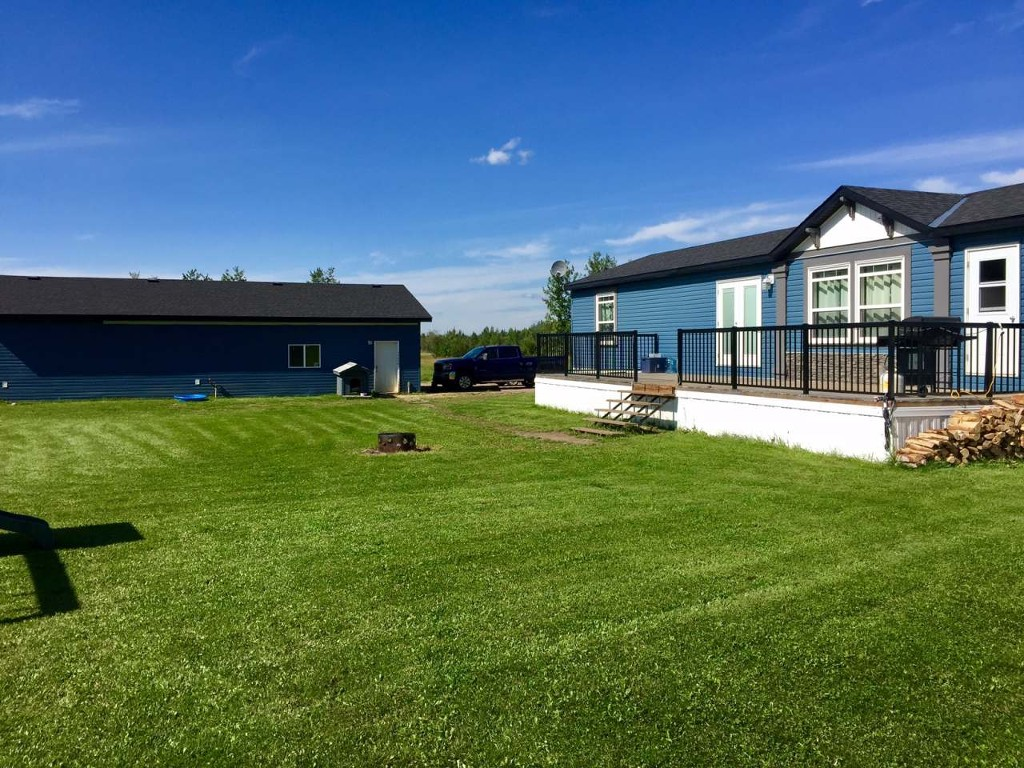 Main Photo: 124033 Township Road 591 in Whitecourt: Manufactured Home for sale : MLS® # 44456