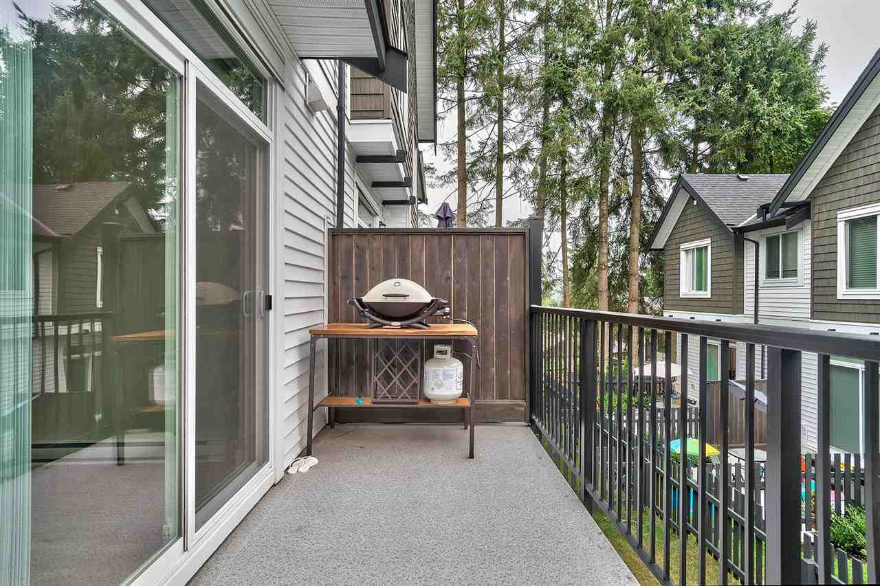 "Photo 17: Photos: 19 6089 144 Street in Surrey: Sullivan Station Townhouse for sale in ""Blackberry Walk 2"" : MLS® # R2208392"