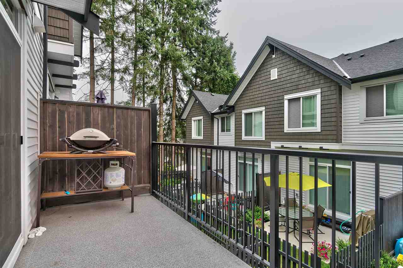 "Photo 16: Photos: 19 6089 144 Street in Surrey: Sullivan Station Townhouse for sale in ""Blackberry Walk 2"" : MLS® # R2208392"