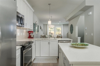"Main Photo: 19 6089 144 Street in Surrey: Sullivan Station Townhouse for sale in ""Blackberry Walk 2"" : MLS® # R2208392"