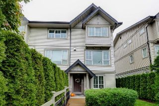 "Main Photo: 156 2501 161A Street in Surrey: Grandview Surrey Townhouse for sale in ""Highland Park"" (South Surrey White Rock)  : MLS® # R2212528"