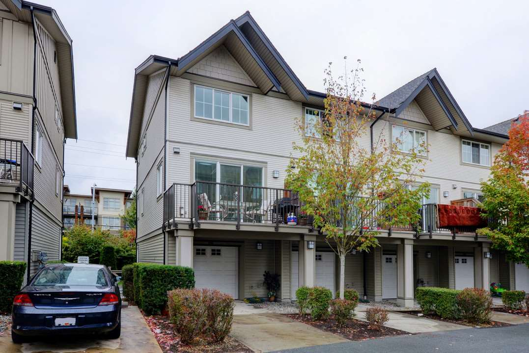 "Photo 17: Photos: 156 2501 161A Street in Surrey: Grandview Surrey Townhouse for sale in ""Highland Park"" (South Surrey White Rock)  : MLS® # R2212528"