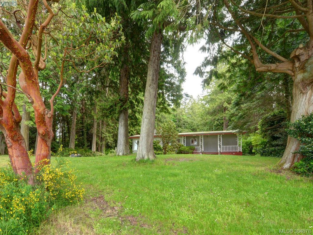 Main Photo: 1996 Glenidle Road in SOOKE: Sk Billings Spit Single Family Detached for sale (Sooke)  : MLS® # 384078