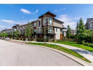 "Main Photo: 72 16488 64 Avenue in Surrey: Cloverdale BC Townhouse for sale in ""HARVEST AT BOSE"" (Cloverdale)  : MLS®# R2270503"