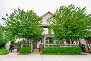 "Main Photo: 105 6706 192 Street in Surrey: Clayton Townhouse for sale in ""ONE92"" (Cloverdale)  : MLS®# R2270940"