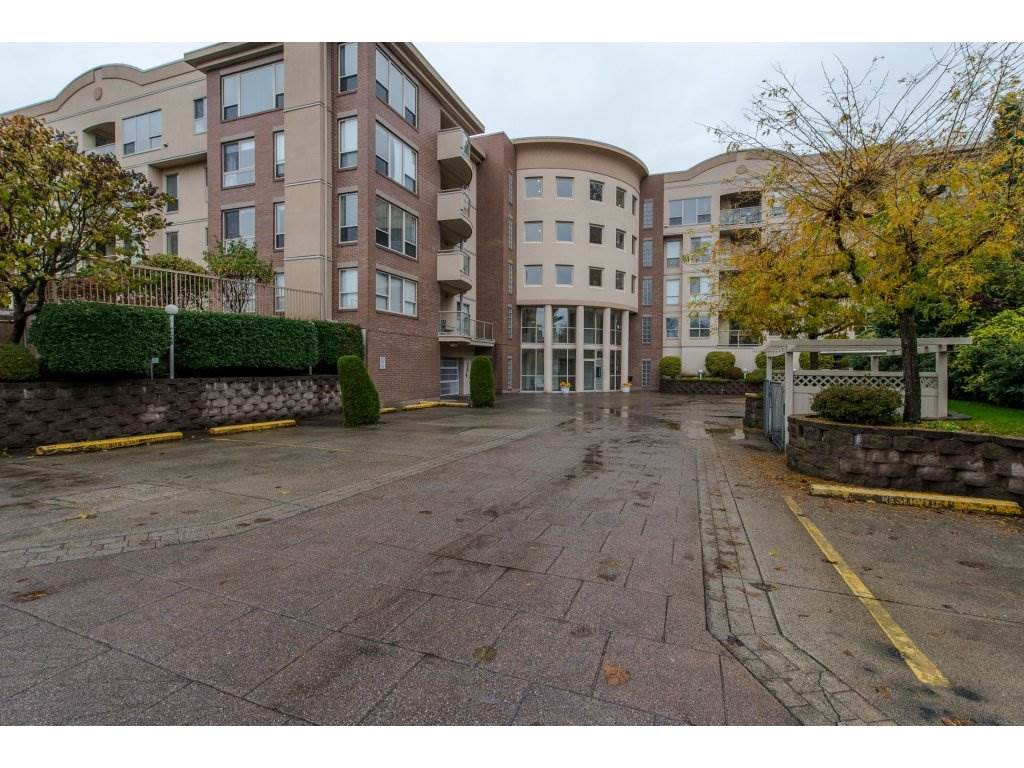 FEATURED LISTING: 104 - 33731 MARSHALL Road Abbotsford