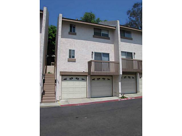 Main Photo: CLAIREMONT Condo for sale : 2 bedrooms : 5582 Caminito Roberto in San Diego