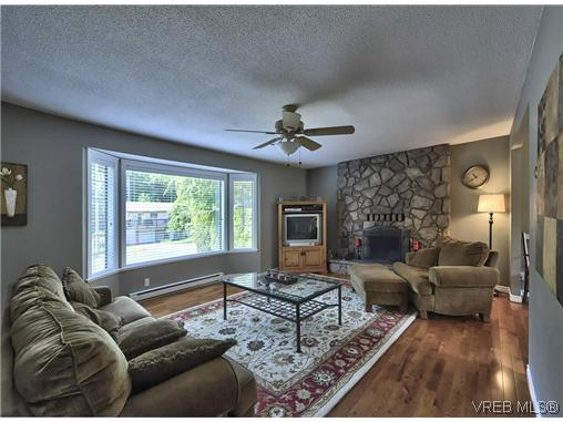 Photo 17: 460 Dressler Road in VICTORIA: Co Wishart South Single Family Detached for sale (Colwood)  : MLS(r) # 310442